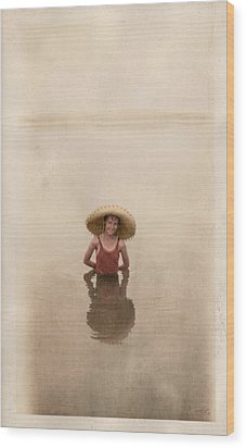 Wood Print featuring the photograph Swimming by Ron Crabb