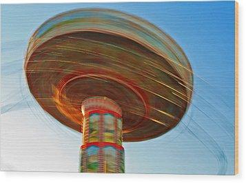 Swingin' @ Pavilion/broadway Wood Print
