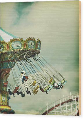 Swingin' - Santa Cruz Boardwalk Wood Print