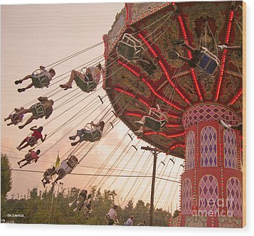 Swings At Kennywood Park Wood Print by Carrie Zahniser