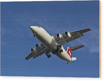 Swiss Air Bae 146 Wood Print by David Pyatt