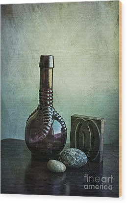 Sybil's Bottle Wood Print by Terry Rowe