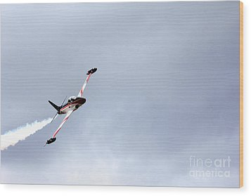 T33 Shooting Star Wood Print by Ules Barnwell