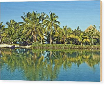 Tahitian Lagoon Wood Print