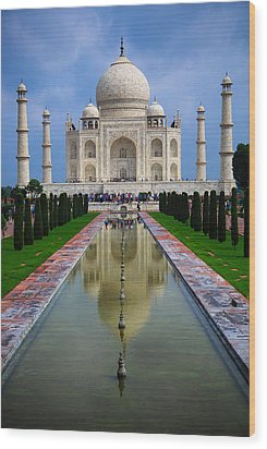Taj Mahal - India Wood Print