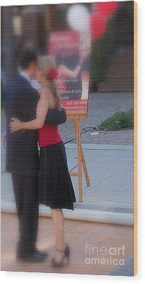 Tango Dancing On The Street Wood Print by Lingfai Leung