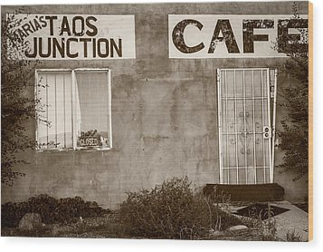 Taos Junction Cafe Wood Print by Steven Bateson