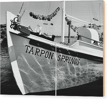 Tarpon Springs Spongeboat Black And White Wood Print by Benjamin Yeager