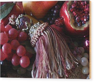 Tassel With Fruit Wood Print