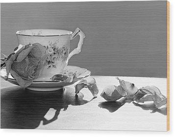 Tea And Roses Still Life Wood Print by Lisa Knechtel