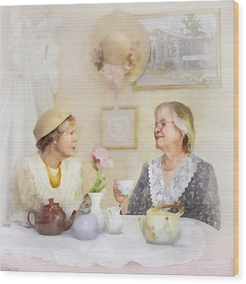 Tea And Talk Wood Print by Francesa Miller