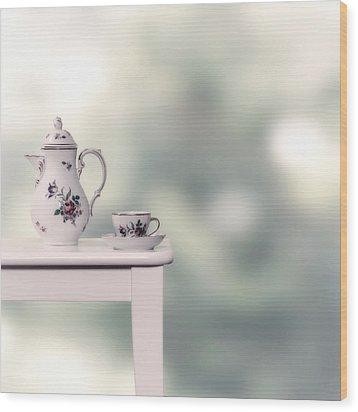 Tea Cup And Pot Wood Print by Joana Kruse