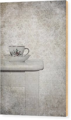 Tea Cup Wood Print by Joana Kruse