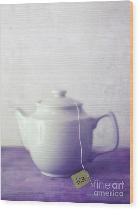 Tea Jug Wood Print by Priska Wettstein