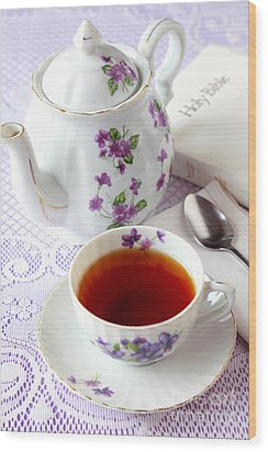 Tea Time With Bible Wood Print by Pattie Calfy