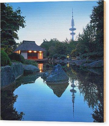Teahouse Hamburg Wood Print by Marc Huebner