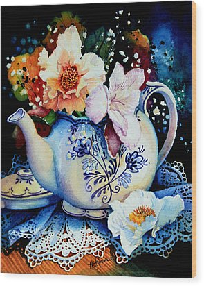 Teapot Posies And Lace Wood Print by Hanne Lore Koehler