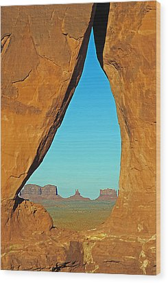 Tear Drop Arch Monument Valley Wood Print by Jeff Brunton