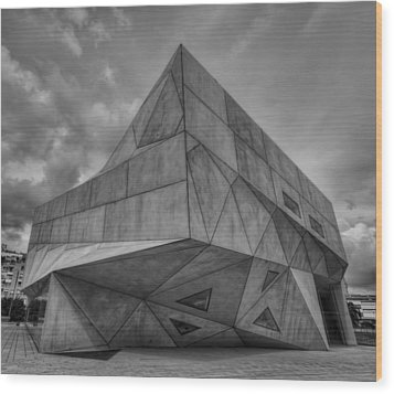Wood Print featuring the photograph Tel Aviv Museum  by Ron Shoshani