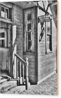 Telegraph And Cable Office Bw Wood Print by Mel Steinhauer