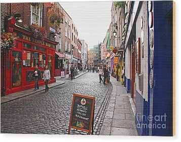 Wood Print featuring the photograph Temple Bar by Mary Carol Story
