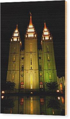 Temple In Salt Lake City Wood Print by Jeff Swan
