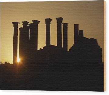 Temple Sunset Wood Print by James Tweedie