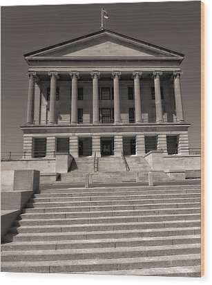 Tennessee Capitol Building Wood Print by Dan Sproul