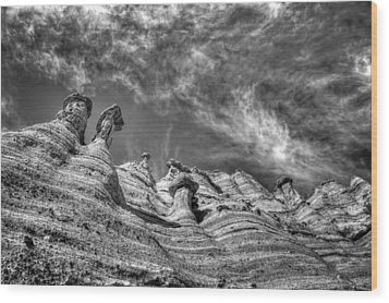 Wood Print featuring the photograph Tent Rocks No. 1 Bw by Dave Garner