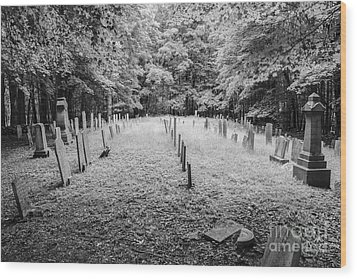 Terpenning Cemetery B And W Wood Print