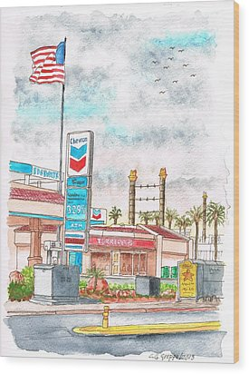 Terribles Chevron Gas Station, Laughlin, Nevada Wood Print