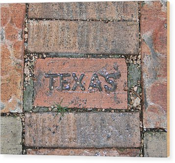 Texas Brick Walkway Wood Print by Kathy Peltomaa Lewis