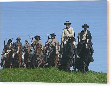 Texas Cavalry Regiment Descending - Perryville Ky Wood Print by Thia Stover