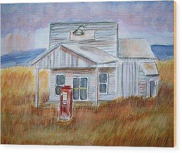 Texas Grassland Wood Print by Belinda Lawson