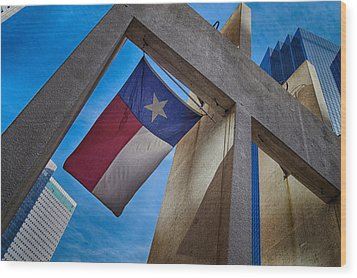 Wood Print featuring the photograph Texas State Flag Downtown Dallas by Kathy Churchman