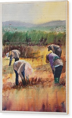 Thai Workers - Prayer Wood Print by Sof Georgiou