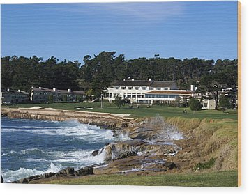 The 18th At Pebble Beach Wood Print by Barbara Snyder