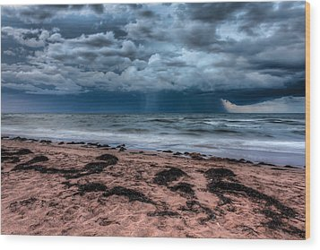 The Approaching Storm Wood Print by Matt Dobson
