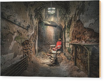 The Barber's Chair -the Demon Barber Wood Print by Gary Heller