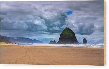 The Beautiful Cannon Beach Wood Print by David Patterson