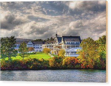 The Beautiful Sagamore Hotel On Lake George Wood Print