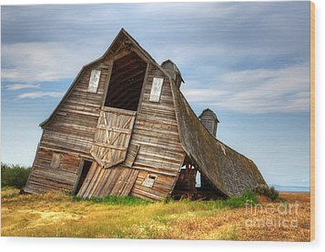 The Beauty Of Barns  Wood Print by Bob Christopher