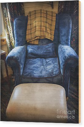 The Big Blue Chair - Oil Wood Print by Edward Fielding