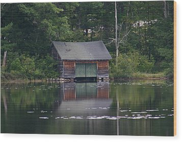 The Boat House On Mt Chocorua Lake Wood Print by Denyse Duhaime