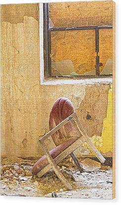 The Broken Chair Wood Print by Carolyn Fox