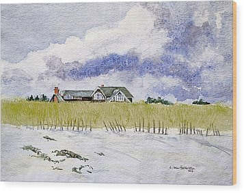 The Brown House On East Beach Wood Print