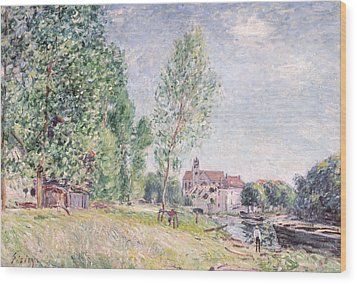 The Builder's Yard At Matrat Moret-sur-loing Wood Print by Alfred Sisley
