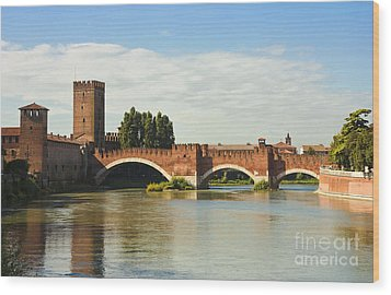 The Castelvecchio Bridge In Verona Wood Print by Kiril Stanchev