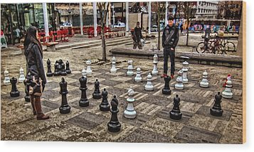 The Chess Match In Pdx Wood Print by Thom Zehrfeld