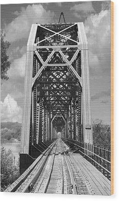 The Chicago And North Western Railroad Bridge Wood Print by Mike McGlothlen